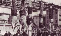 mussolini_e_petacci_a_piazzale_loreto_1945