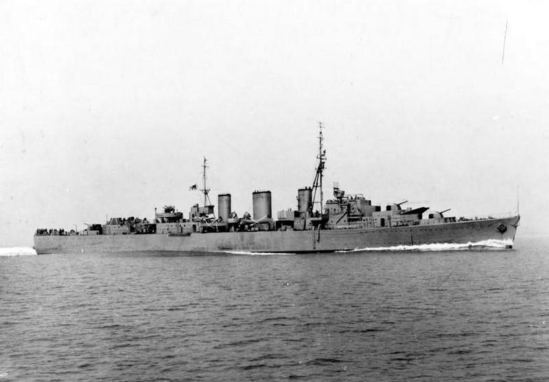 HMS ABDIEL, BRITISH ABDIEL CLASS CRUISER MINELAYER. 1941. (A 4388) Copyright: © IWM. Original Source: http://www.iwm.org.uk/collections/item/object/205138676