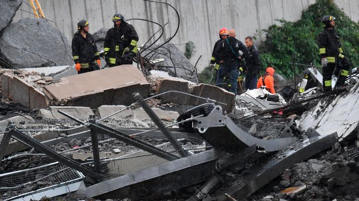 italy-highway-collapse-02