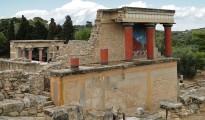 1200px-Knossos_-_North_Portico_02