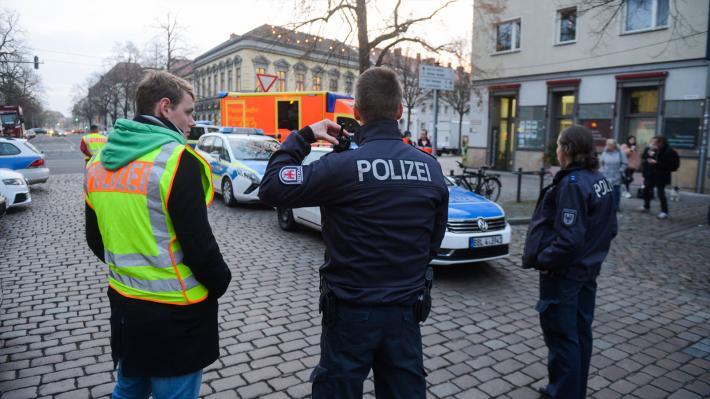 germany-potsdam-polizei