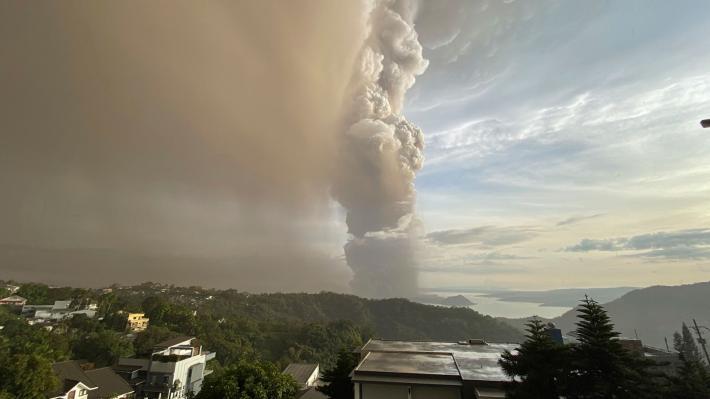 philipines-volcano