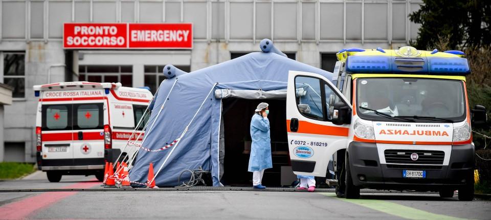 vor-einem-krankenhaus-in