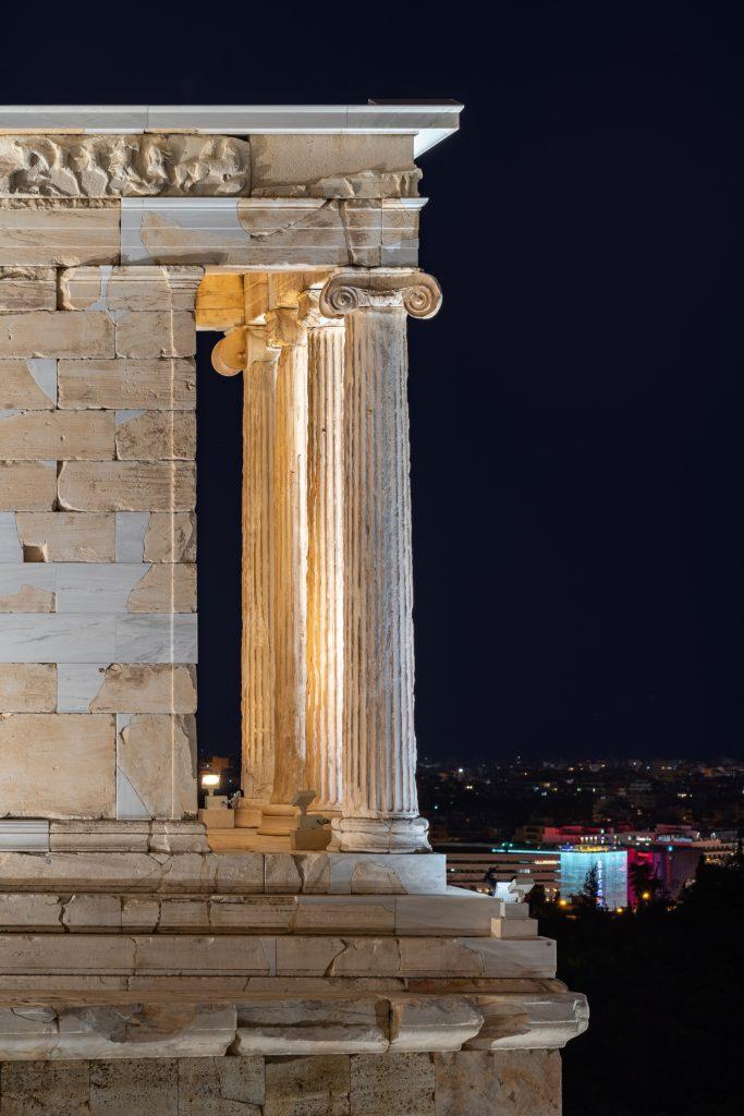 Ναός-Αθηνάς-Νίκης-683x1024