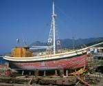Ο βαρκαλάς Άγιος Δημήτριος, κατασκευασμένος το 1927 στη Σκιάθο