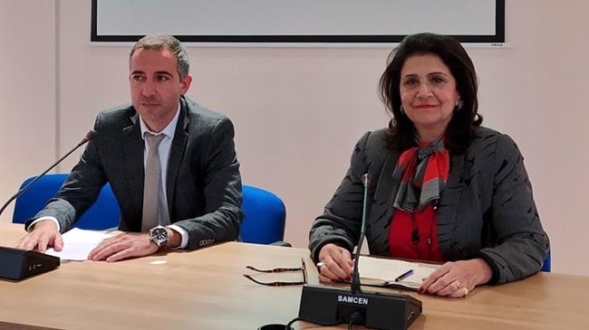 2020.02.10 @ Συνεδρίαση Εκτελεστικής Επιτροπής Περιφέρειας Ιονίων Νήσων στη Λευκάδα   Συνέντευξη τύπου της Περιφερειάρχη Ιονίων Νήσων, Ρόδης Κράτσα - Τσαγκαροπούλου, και του Αντιπεριφερειάρχη Λευκάδας, Ανδρέα Κτενά. #ΠΙΝ #Λευκάδα #ΕκτελεστικήΕπιτροπή