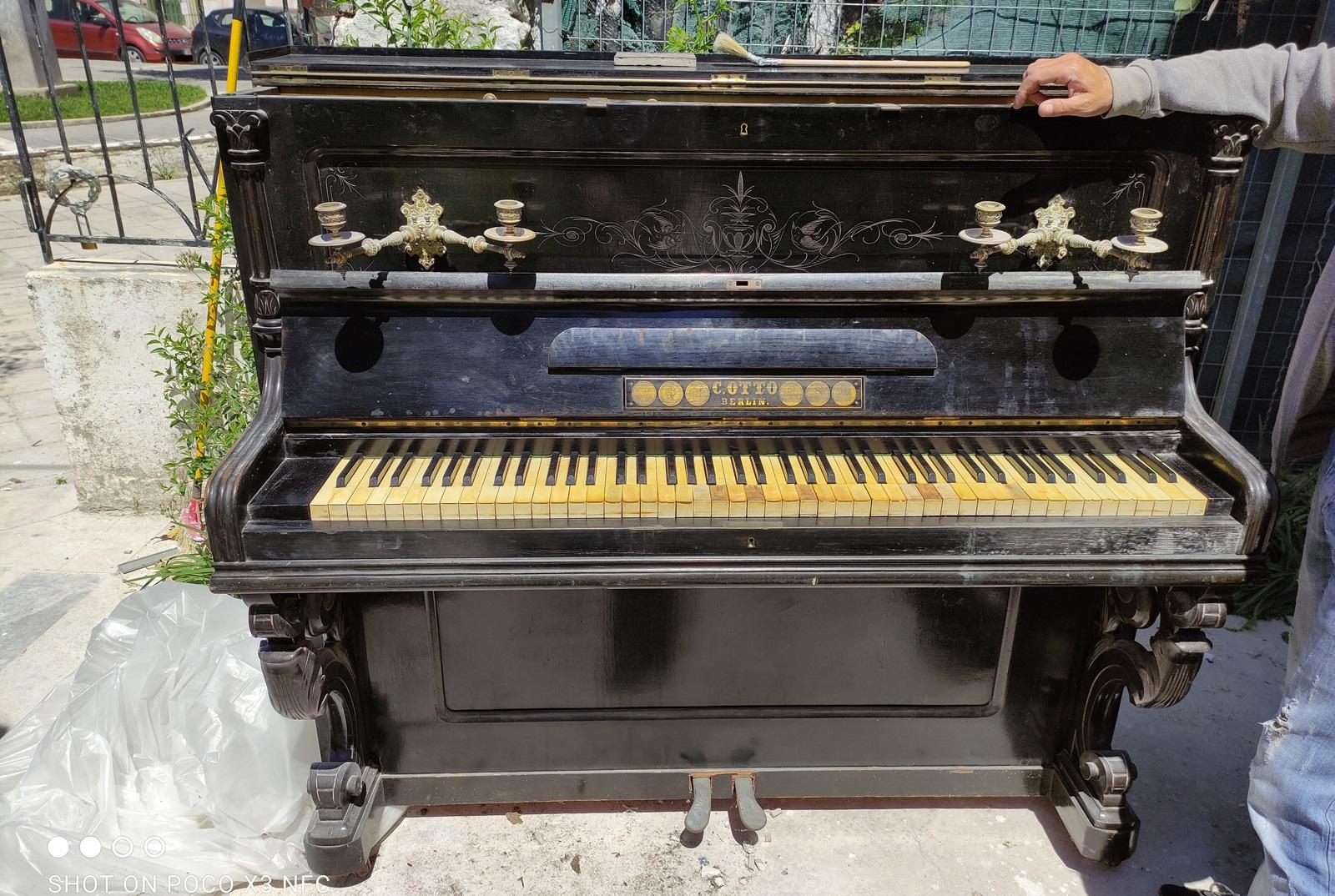 3_piano_C_Otto_Lefkada