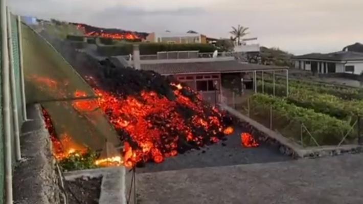 spain-volcano-02